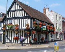 Evesham, Ye Olde Red Horse P.H., Worcestershire © Wesley Trevor Johnston